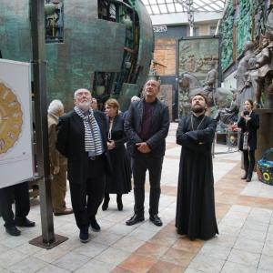 Визит митрополита Илариона в Российскую академию художеств в рамках проекта по созданию внутреннего мозаичного убранства Храма Святого Саввы в Белграде.