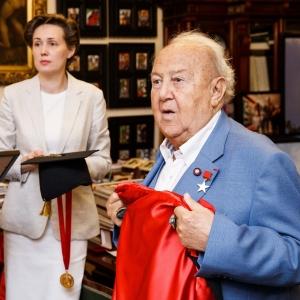 Клод Ростишер и Жерар Петтити удостоены регалий почетных зарубежных членов Российской академии художеств