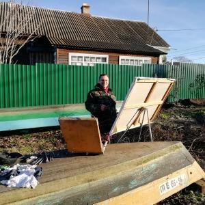 Академик РАХ К.В.Петрова на этюдах.
